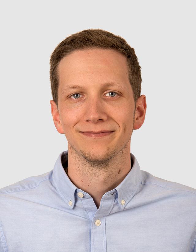 Mikael Stathin vastaa IT-tutkintapalveluista. Työskennellyt Ahlberg datalla noin viiden vuoden ajan IT-forensiikan ja tiedonpalautusten parissa.